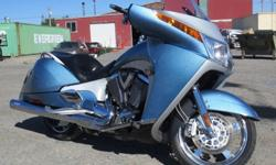 09 Victory Vision BLUE ICE AND CHROME'''|2009