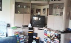 $100 Large Entertainment center