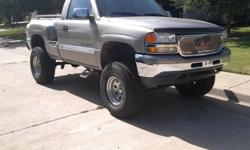 $10,000 OBO 2000 GMC lifted stepside 4x4