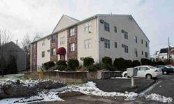 10 Nuttall Ln #4 Worcester, Spacious 1 BR condo unit