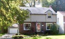 111 South Cadillac Dr Youngstown, Great Brick & Vinyl Home