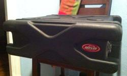 $115 SKB 3U Roll-X Rolling Rack Case (Shawnee)