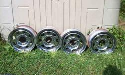 $125 14 inch Chrome wheels 6 lug