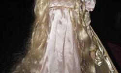 $125 Rapunzel by Gerda Nuebacher Franklin Mint Doll