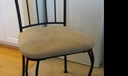 $125 Round Dining Table and 4 Chairs
