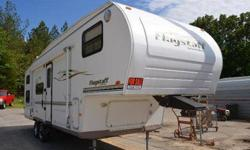 $12,988 2004 Forest River Flagstaff -