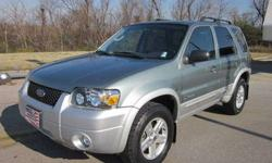 $12,995 2007 Ford Escape Hybrid FWD CarFax 1 Owner! 36 MPG
