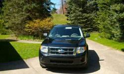 $13,900 2010 Ford Escape Xls- All Wheel Drive