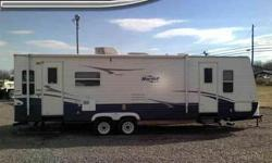 $14,900 1-Owner 2007 Keystone Hornet 29-RLS 8x31 Foot Travel