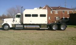 $150,000 1999 Freightliner Classic w/ 2001 53ft. Great Dane