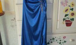 $150 Blue prom dress size 3/4 (Greenville/Spartanburg)