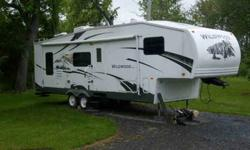 $16,900 2007 Forest River 5th Wheel