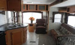 $17,900 2009 MVP Wave. RV, travel trailer, bumper pull