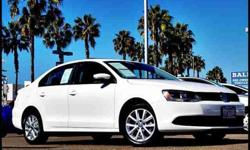 $17,900 2012 Volkswagen Jetta Sedan 2.5L SE Sedan 4D