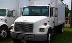 18' Box Truck, 2002 Freightliner FL70, automatic
