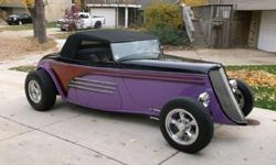 1933 FORD SPEEDSTER - Shipping Free Worldwide - 8 Cylinders