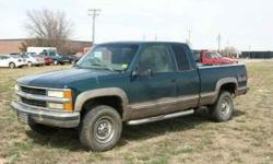 1998 Chevrolet C/K 2500 Series Ext. Cab 6.5-ft. Bed 4WD