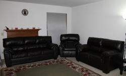 $1,200 Leather Sofa for sale