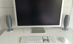 "$1,200 Mac Pro with 30"" Apple Cinema Display"