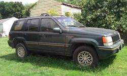 $1,300 1994 Jeep Grand Cherokee Limited - Green - High miles