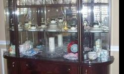 $1,700 Dinning Room set with ligthed China Cabinet.