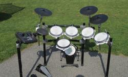 $1,776 Roland TD-8 V-Stage Drum Kit