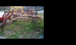 $1,850 New Holland 256 Rake/Hay