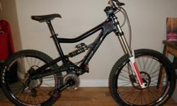 $1,899 OBO **Price Reduced!!** Santa Cruz Bullit Large with