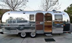 1 9 7 0 International Airstream Caravanner Land Yacht