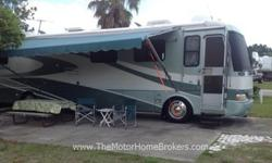 2000 Airstream Land Yacht 390 XL