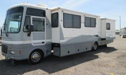 2000 Fleetwood Southwind 36' with a Disability Lift **SALE**