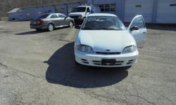 2001 Chevy Cavalier Sedan- Very Clean