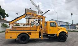 2002 International IMT 5200 Crane Knuckleboom