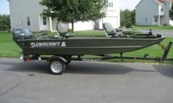 2004 Alumacraft Fishing / Duck Boat - 25HP Yamaha
