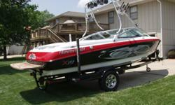 ...2004 Mastercraft X-10 Ski and Wakeboard Boat