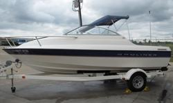2005 Bayliner 192 CUDDY CABIN
