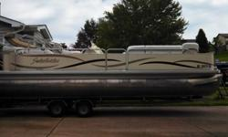 2005 sweetwater 2386 DC pontoon boat