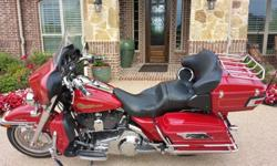 2007 Harley-Davidson Red Ultra Classic
