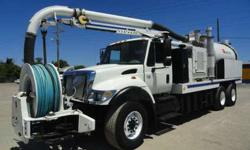 2007 International 7400 VacCon VACUUM/JETTER COMBO