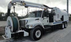 2007 International 7400 VacCon VACUUM/JETTER COMBO Truck