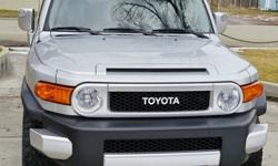 2007 Toyota FJ Cruiser Very Nice