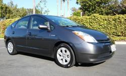 2007 Toyota Prius Hatchback, 55 MPG Avg, New Tires, Clean