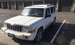 2007 White Jeep Commander Limited, 151k Miles