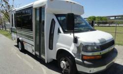 2009 Chevrolet Express Champion Bus