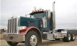 2009 Peterbilt 389 Day Cab