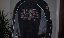 $200 Brand new genuine Harley Davidson jacket .