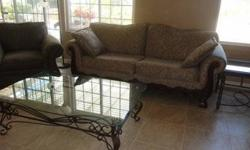 $200 Living Room or Family Room set in Excellent condition