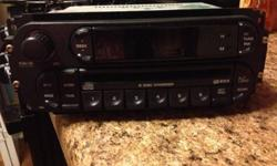 $200 OBO 2006 Jeep Liberty 6-CD Changer