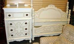 $200 Summit Store Antique White Girls Full Size Bed, Frame,