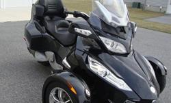 ~~2011 Can-Am SPYDER RT-S~~